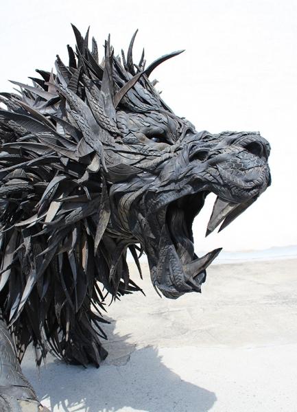 rubber-lions-head